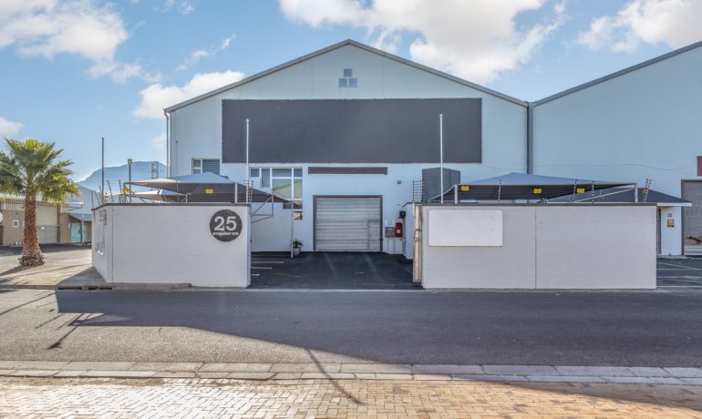 Industrial Property to rent in Gants Plaza
